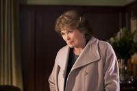 Olivias Mutter Charlotte (Paula Shaw) mischt sich gerne in alles ein ... – © 2013 Crown Media United States LLC