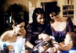 Drei Hexen und ein Baby (Staffel 2, Folge 11) – © ORF1