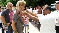 Die Familie wird auf der Insel Pangkor Laut begrüsst... – © RTL II