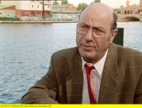 "rbb Fernsehen LIEBLING KREUZBERG, ""Eine nette Intrige"", am Samstag (10.05.14) um 20:15 Uhr. Liebling Kreuzberg (Manfred Krug) – © rbb"