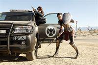 Melinda May (Ming-Na Wen, l.) und Lady Sif (Jamie Alexander) – © RTL Crime