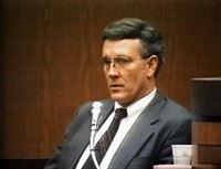 Dr. John Boyle wird des Mordes an seiner Frau für schuldig gesprochen. – © RTL Nitro