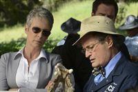 Noch stehen Samantha (Jamie Lee Curtis, l.) und Ducky (David McCallum, r.) vor einem Rätsel ... – Bild: CBS Television