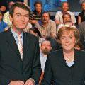 """Das Erste reaktiviert seine """"Wahlarena"""" – Merkel und Steinmeier stellen sich Zuschauerfragen – Bild: WDR/NDR/Christian Wyrwa"""