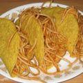 "Das neue ""Festivus"": Spaghetti-Tacos à la ""iCarly"" in aller Munde – ""Really, really good"" – Bild: icarly.com"
