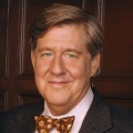 Edward Herrmann – Bild: The WB / Andrew Eccles