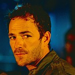 Luke Perry – Bild: TVNOW / © 2001 MGM GLOBAL HOLDINGS INC. All Rights Reserved.