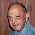 Mel Blanc – Bild: photo by Alan Light, Mel Blanc 1976 2, CC BY 2.0