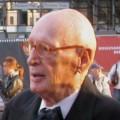 Wolfgang Menge – Bild: Franz Richter (User:FRZ), Marlies und Wolfgang Menge 0029, CC BY-SA 3.0