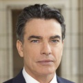 Peter Gallagher – Bild: NBC Universal, Inc.