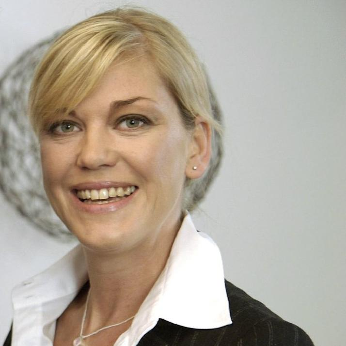 Sanna theresa hübchen hübchen Theresa Hübchen