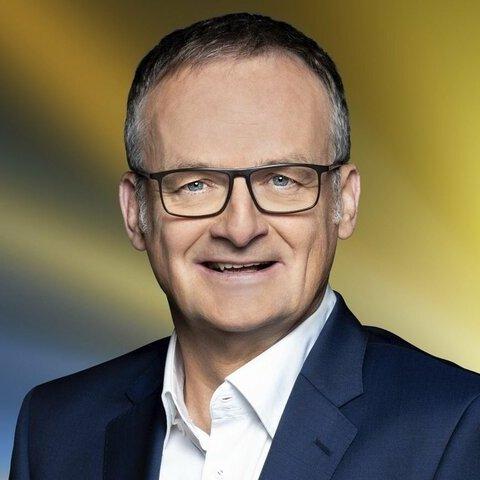 Frank Plasberg – Bild: ARD/WDR/Stephan Pick
