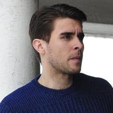 Josh Segarra – Bild: 2013 CBS Broadcasting Inc. All Rights Reserved. Lizenzbild frei
