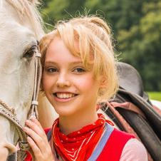 Lina Larissa Strahl – Bild: ZDF und Mike Krüger