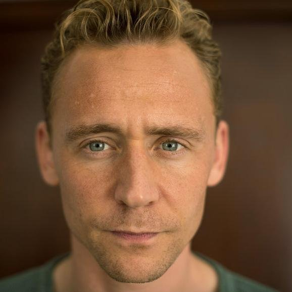 Tom Hiddleston – Bild: SRF
