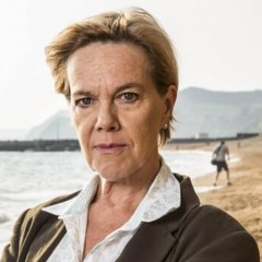 Carolyn Pickles – Bild: ITV/Kudos