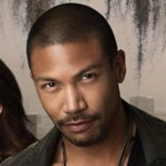 Charles Michael Davis – Bild: The CW Network/ Mathieu Young