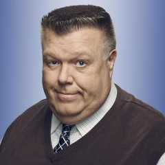 Joel McKinnon Miller – Bild: NBCUniversal Television