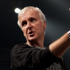 James Cameron – Bild: Puls 8