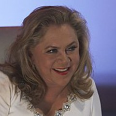 Kathleen Turner – Bild: Showtime