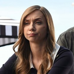 Lauren Lapkus – Bild: Warner Bros. Television Lizenzbild frei