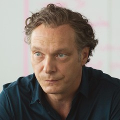 Martin Brambach – Bild: ARD/Frédéric Batier