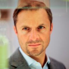 Philipp Hochmair – Bild: ARD/ORF/MR Film/Petro Domenigg