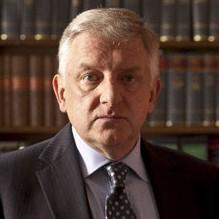 Simon Russell Beale – Bild: ZDF und BBC/Angus Muir