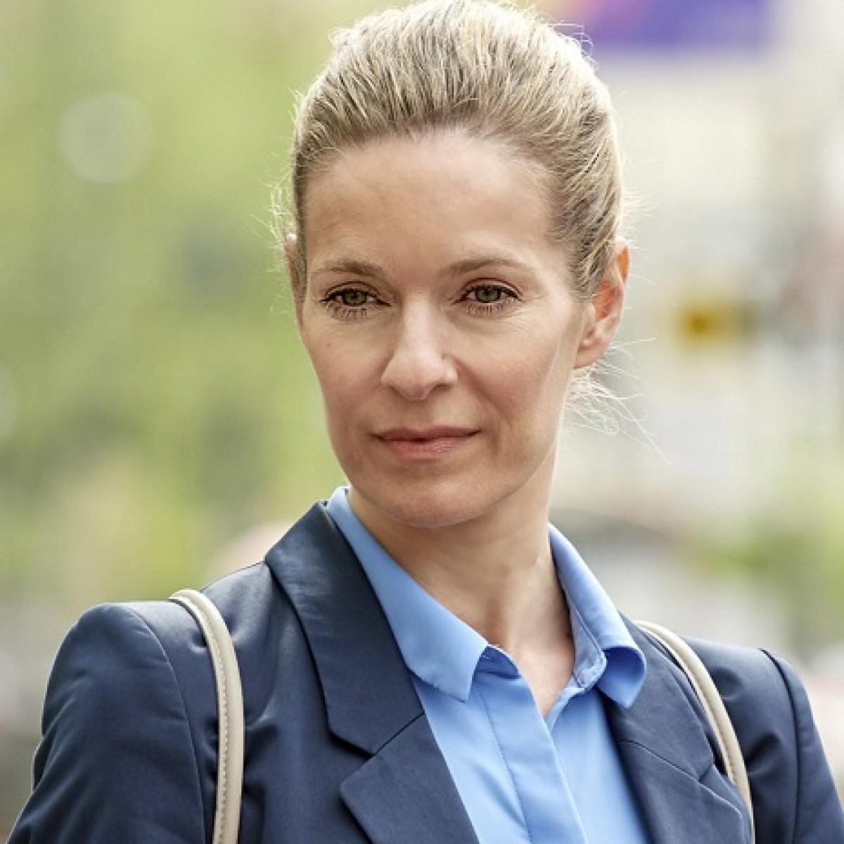 Lisa Martinek Die Heiland Uberraschend Verstorben