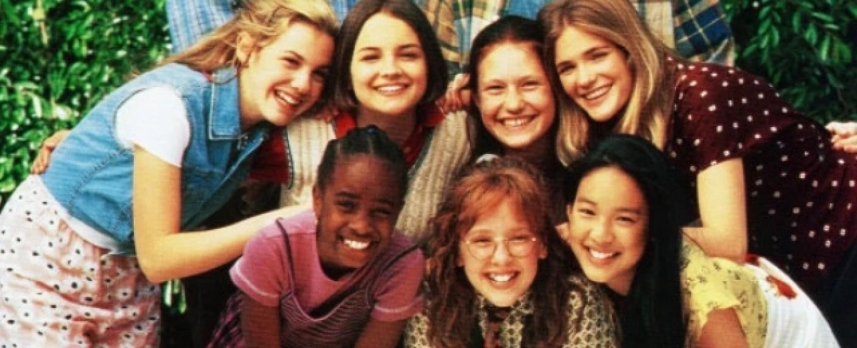 """1995 kam eine Filmversion des """"Baby-Sitters Club"""" ins Kino – Bild: Columbia Pictures"""