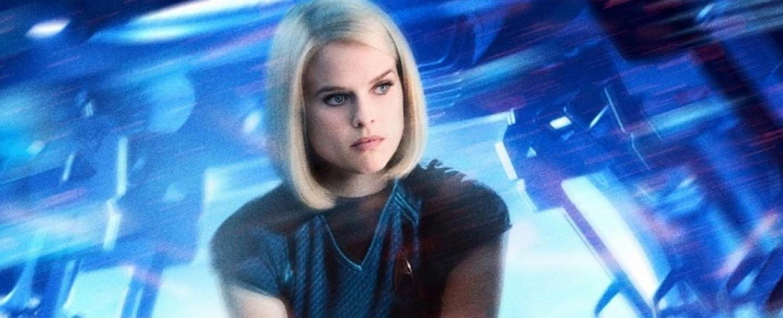 """Alice Eve als Dr. Carol Marcus in einem Poster zu """"Star Trek: Into Darkness"""" – Bild: Paramount Pictures"""