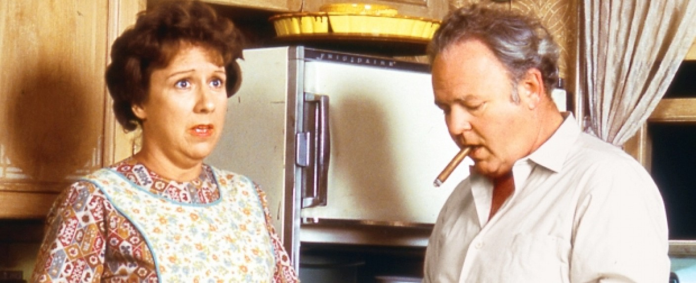"""Jean Stapleton als Edith Bunker in """"All In The Family"""" neben US-Ekel Archie (Carroll O'Connor) – Bild: Sony Pictures Television, NYT"""