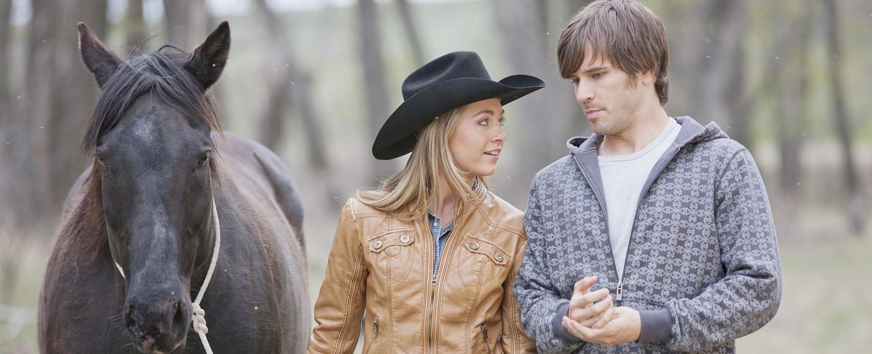 "Amber Marshall (Amy Fleming) und Graham Wardle (Ty Borden) in ""Heartland"" – Bild: RTL Passion"