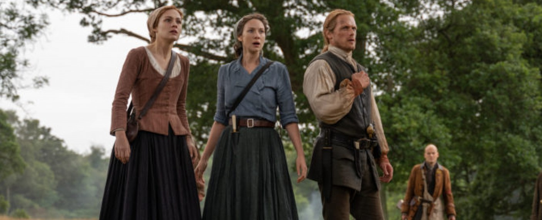 Brianna (Sophie Skelton), Claire (Caitriona Balfe) und Jamie (Sam Heughan) – Bild: Starz