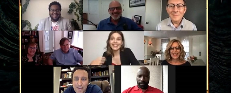 """Cast und Crew von """"Evil"""" beim Panel der New York Comic Con – Bild: YouTube/Screenshot"""