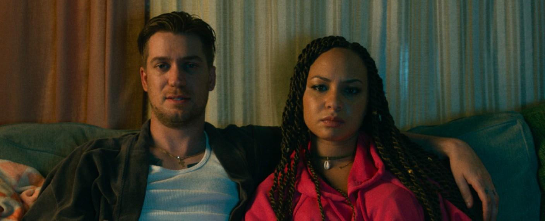 "Jasmine Cephas Jones mit Rafael Casal in ""Blindspotting"" – Bild: Lionsgate"