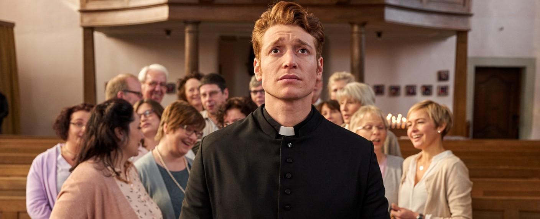 "Daniel Donskoy als ""Sankt Maik"" – Bild: RTL / Frank Dicks"