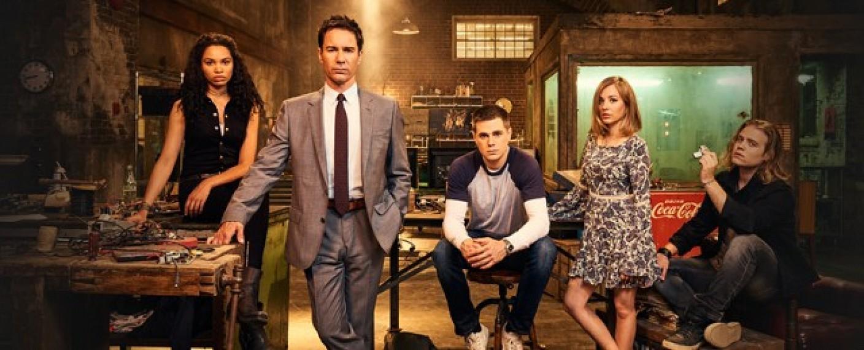 """Der Cast der Serie """"Travelers"""" – Bild: Showcase"""