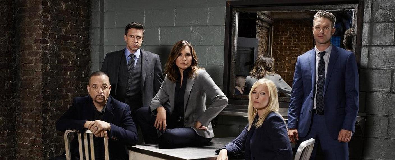 """Der Cast von """"Law & Order: SVU"""" in der 19. Staffel – Bild: Virginia Sherwood/NBC"""