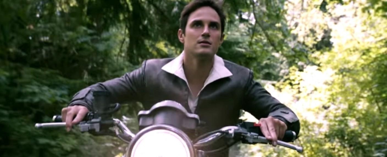 Der erwachsene Henry (Andrew J. West) im Trailer zur siebten Staffel – Bild: YouTube/Screenshot
