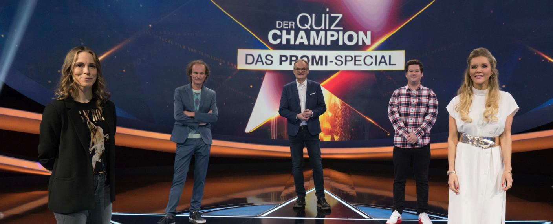 (v. l.) Anneke Kim Sarnau, Olaf Schubert, Frank Plasberg, Chris Tall und Laura Karasek sind im Promi-Special dabei – Bild: ZDF/Max Kohr