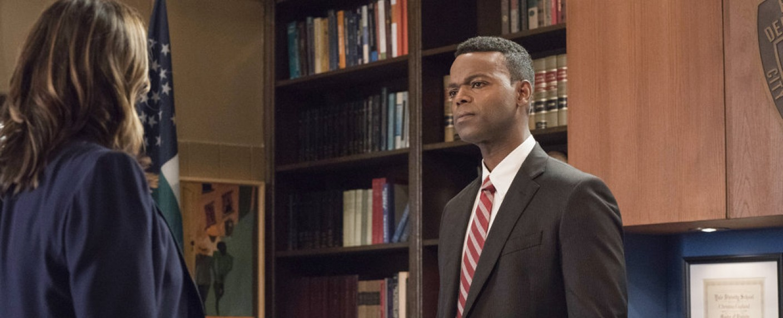 "Demore Barnes als Deputy Chief Christian Garland in ""Law & Order: SVU"" – Bild: NBC"