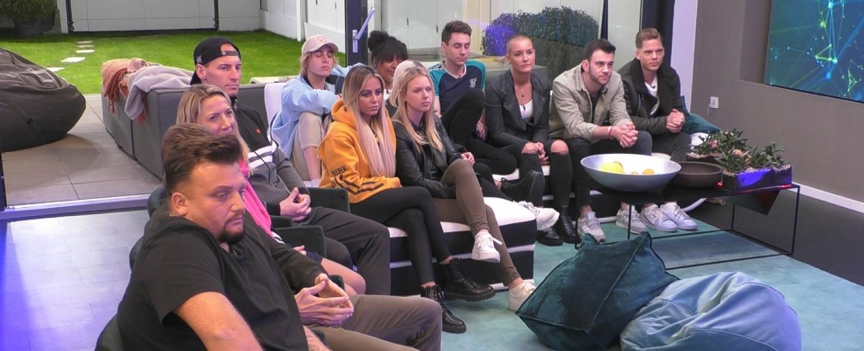 """Die """"Big Brother""""-Bewohner im Glashaus – Bild: Sat.1"""