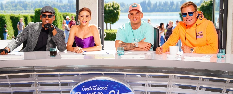 "Die ""DSDS""-Jury 2020: Xavier Naidoo, Oana Nechiti, Pietro Lombardi und Dieter Bohlen (v. l. n .r.) – Bild: TVNOW / Stefan Gregorowius"