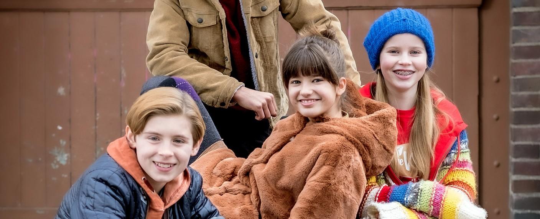 """Die neuen """"Pfefferkörner"""": Jonny (Leander), Lou (Luna) und Pippa (Elyza) – Bild: NDR/Boris Laewen"""