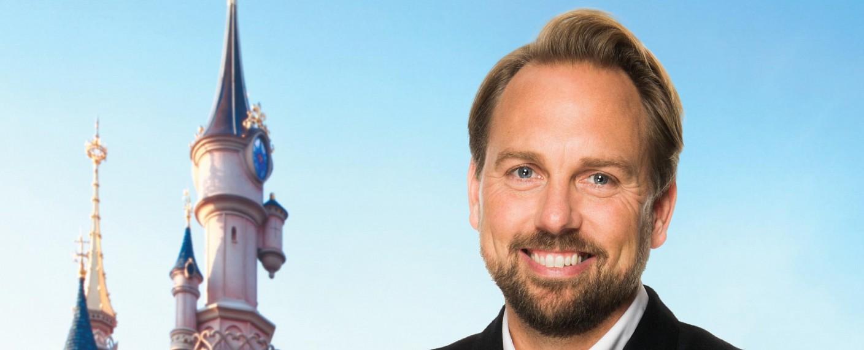 """Steven Gätjen präsentiert """"Magic Moments – Die große Quizshow"""" – Bild: Disney Channel"""