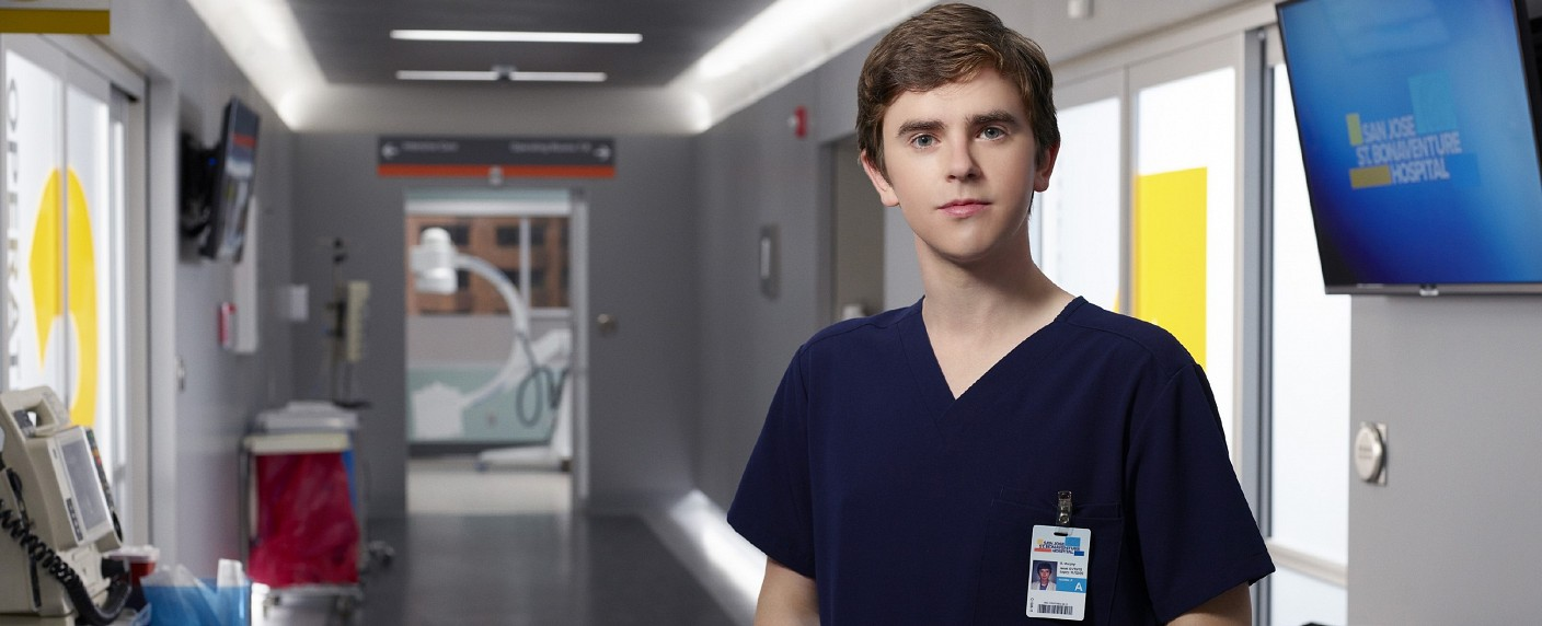 """Dr. Shaun Murphy (Freddie Highmore) in """"The Good Doctor"""" – Bild: MG RTL D/© 2017 Sony Pictures Television Inc. and Disney Enterprises, Inc. All Rights Reserved."""