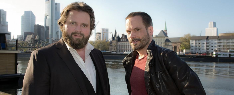 """""""Ein Fal für zwei"""": Benni Hornberg (Antoine Monot Jr.) und Leo Oswald (Wanja Mues) – Bild: ZDF/Christian Lüdeke"""