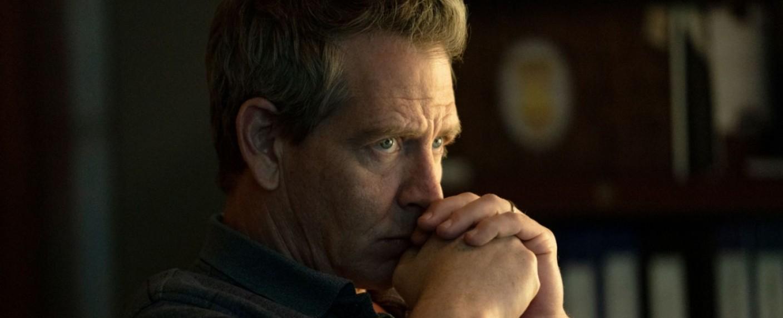 """Ein schwerer Fall für Ralph Anderson (Ben Mendelsohn) in """"The Outsider"""" – Bild: HBO"""