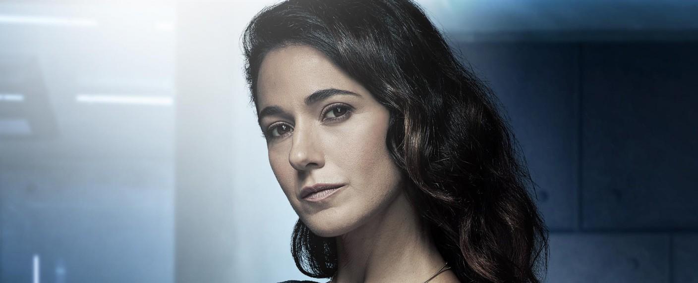 """Emmanuelle Chriqui in ihrer letzten Hauptrolle in """"The Passage"""" – Bild: Michael Lavine / FOX"""